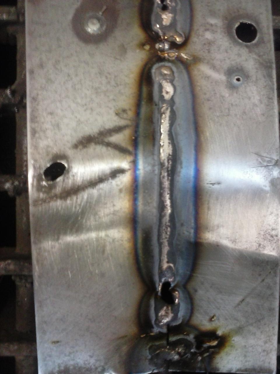 Doble penetracion por el culo de esta rubia - 2 3